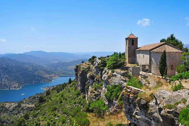 Церковь Святой Марии в Сьюране, Испания