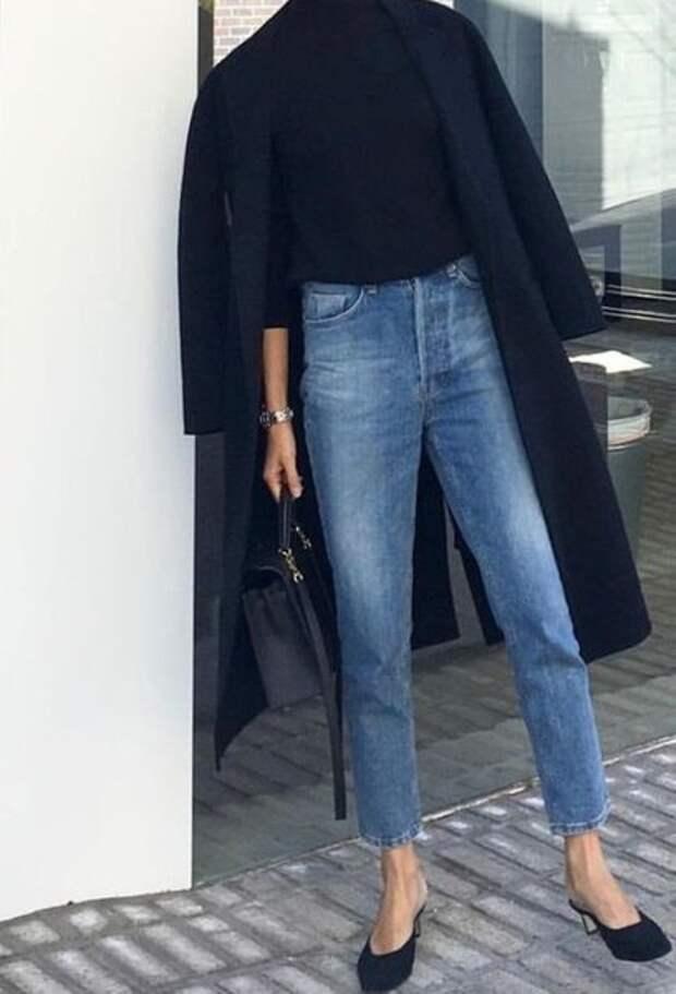 Модные джинсы для женщин 40-50 лет: три самых актуальных модели