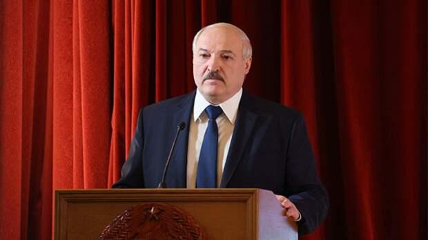 Лукашенко осудил искажение правды о победе в Великой Отечественной войне