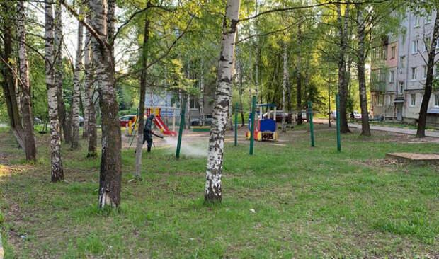 Отборщевика обработали улицы Мызинскую, Физкультурную иНижневалдайскую вПриокском районе