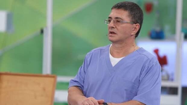 Врач Мясников предостерег людей с заболеваниями печени от приема парацетамола