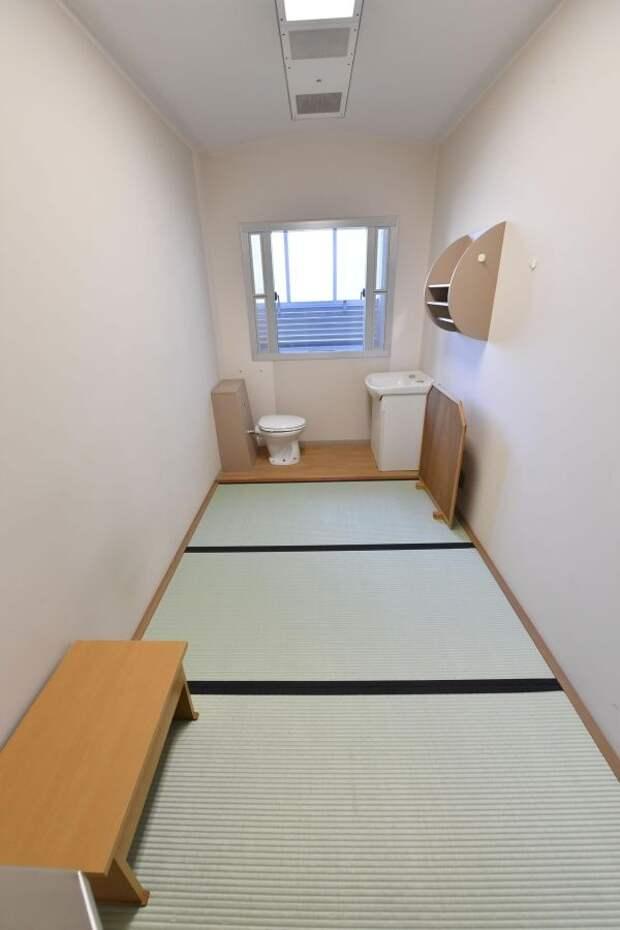 6 суровых фото тюрьмы в Японии