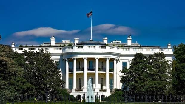 """Белый дом заявил о решении НАТО лишить Россию звания """"конструктивного партнера"""""""