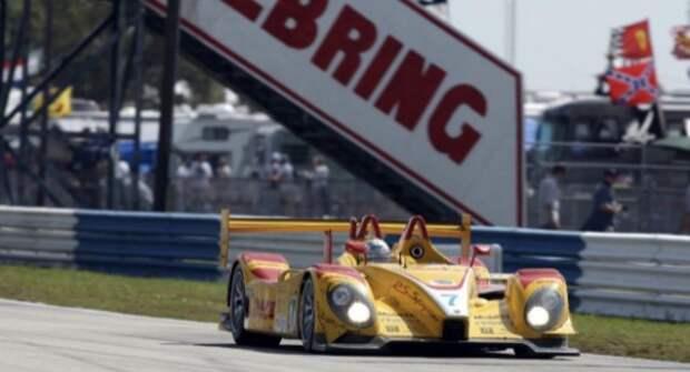 Автобренд Porsche представил новый болид для гонок серии WEC и IMSA