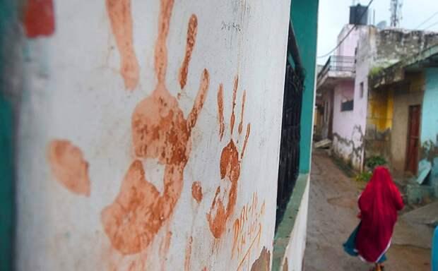 Из-за страха перед женщиной-призраком из индийской деревушки сбежали все мужчины