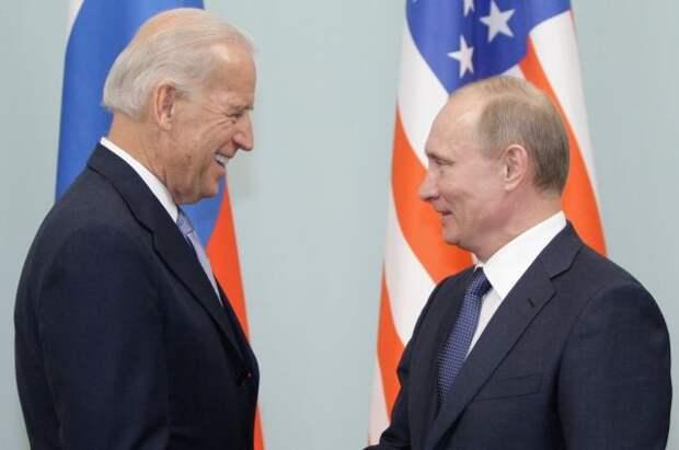 В США не исключили, что Путин и Байден могут встретиться в Праге