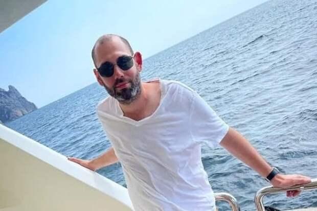 Семен Слепаков пришел на еврейский Новый год с Аглаей Тарасовой