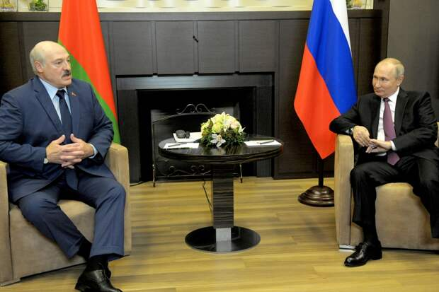Лукашенко: Запад намерен возобновить в Белоруссии события августа 2020 года