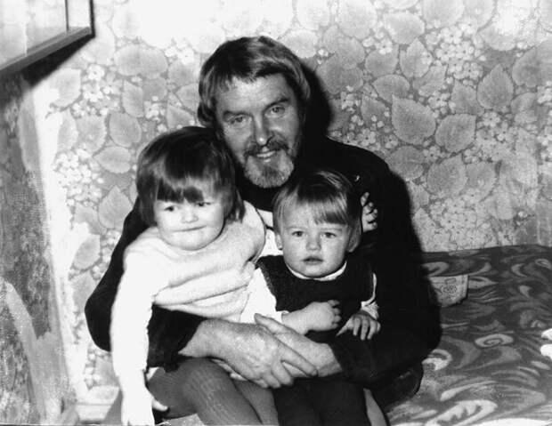 Сломанная жизнь, загубленная карьера: печальная судьба актера Константина Григорьева