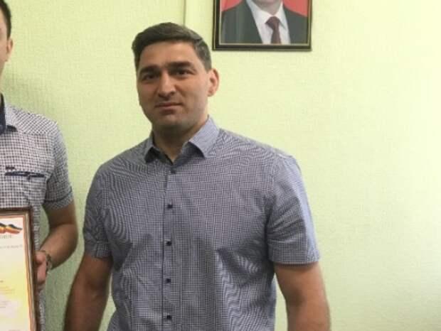 Составлен топ-5 самых богатых депутатов-холостяков Ростовской области
