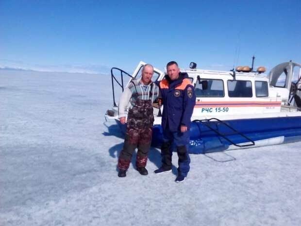 Байкальский отряд спасателей помог выбраться 42-летнему рыбаку из воды