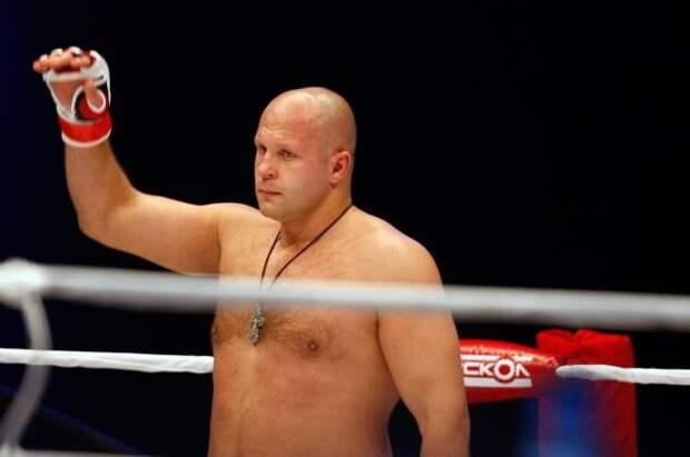 Фёдор Емельяненко нокаутировал Тимоти Джонсона на турнире Bellator в Москве