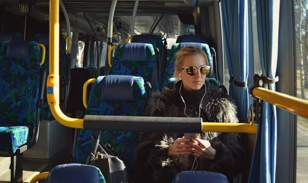 Собянин отменил льготный проезд для школьников и пожилых людей
