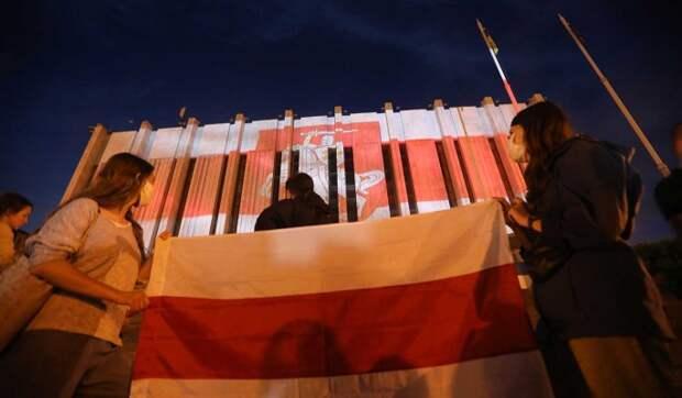 Политолог Акопов о заинтересованности Европы в белорусском политическом кризисе: Поиграют и бросят