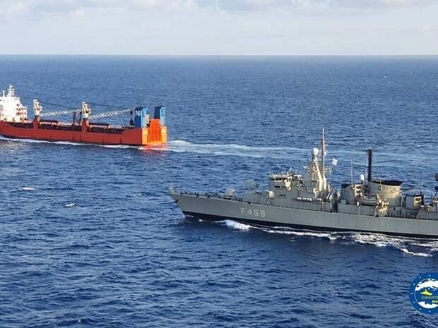 Военные корабли Британии направят в Черное море вместо американских