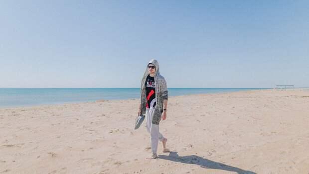Пляж Витязево славится широкой береговой полосой