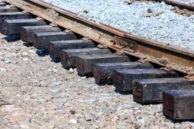 В Анапе в ДТП на железнодорожном переезде погибли водитель и пассажир