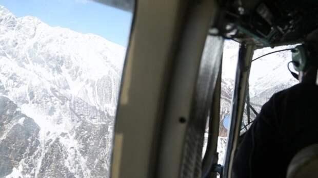 В горах Абхазии терпят бедствие туристы из России