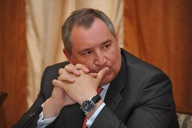 Рогозин организует поездку на Байконур для детей, пострадавших при стрельбе в школе в Казани