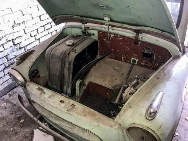 """Гаражная находка: ранний """"Запорожец"""" ЗАЗ-965 1961 года выпуска"""