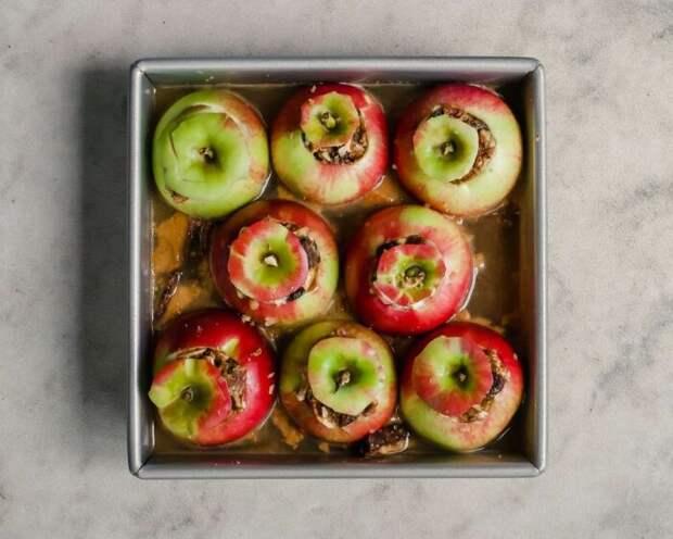 Яблоки с сидром. \ Фото: twitter.com.