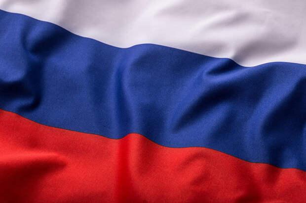 Страна в 19-й раз празднует День России