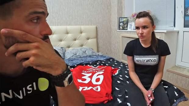 Блогер КраСава собрал 10 млн рублей для семьи умершего футболиста. «Локомотив» отказал в покупке квартиры его вдове