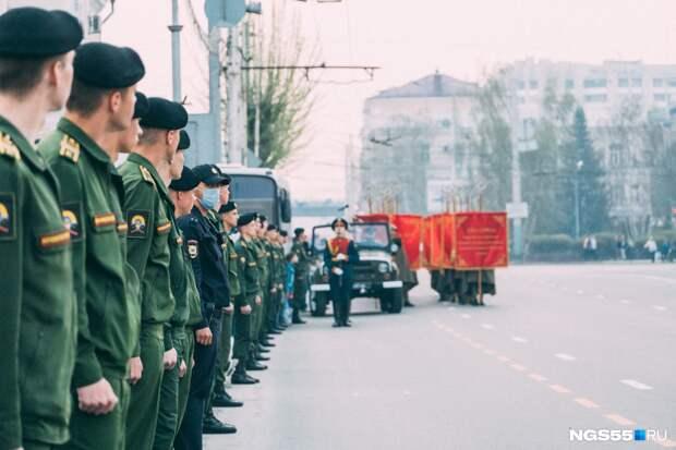 Лёгкая техника и 20 расчётов: как будет проходить парад Победы на Соборной площади