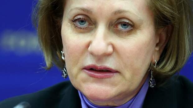 Попова попросила россиян не пренебрегать ограничениями по коронавирусу