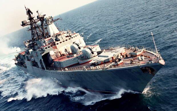 Российские корабли на учениях в Японском море вынудили Токио просить помощи у США