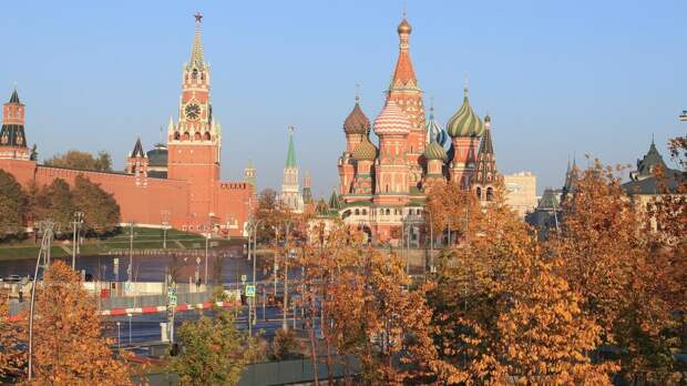 Синоптики рассказали, когда в центральную Россию придет осень