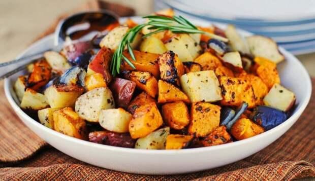 Овощное рагу с острым перцем. \ Фото: kulinarissimo.com.