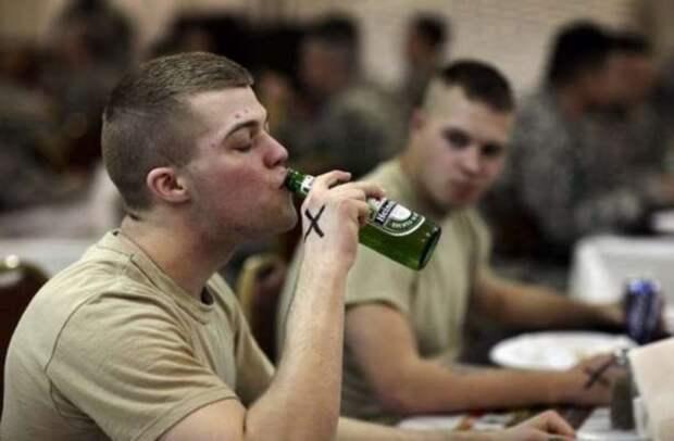 Пьянь солдатская. Как НАТОвский контингент доводит Прибалтику