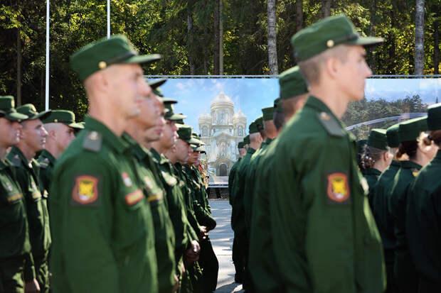 РПЦ рассмотрит документ о благословении христиан на войну