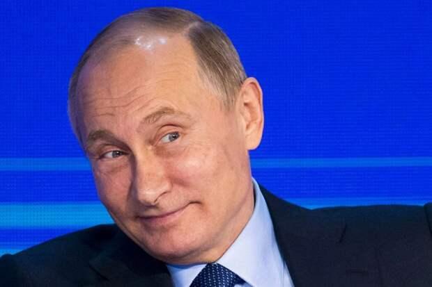Путин остро пошутил над Порошенко во время «Прямой линии»