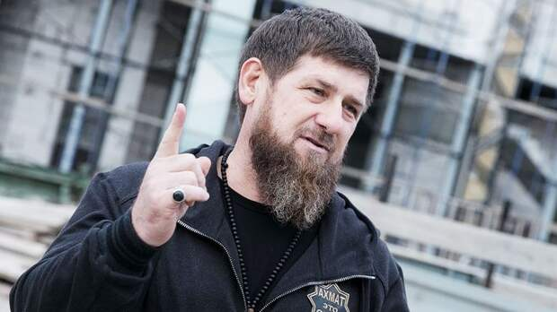 Кадыров отменил обязательное ношение масок в Чечне