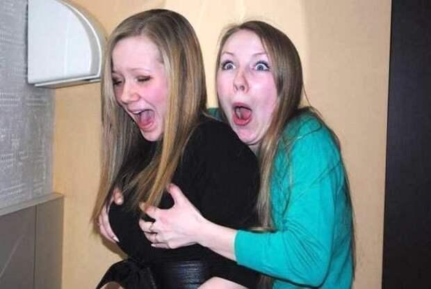 Прикольные фотографии на которых девушки веселятся и дурачатся