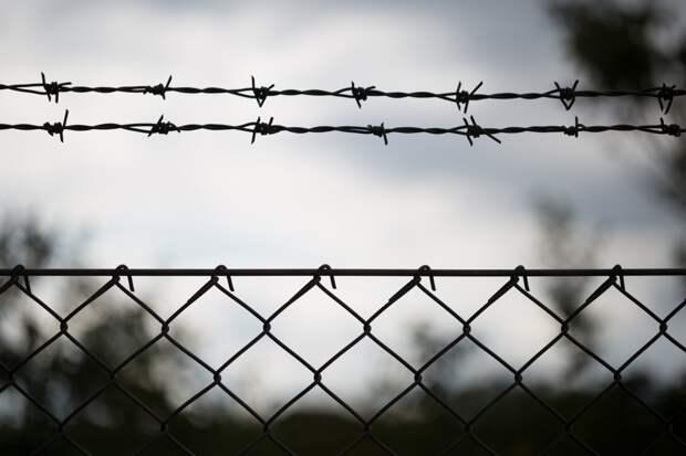 Демонстративное членовредительство: заключенные в колонии Екатеринбурга порезали себе руки