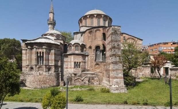Турции напомнили об аннексии Константинополя в связи с выборами в Крыму