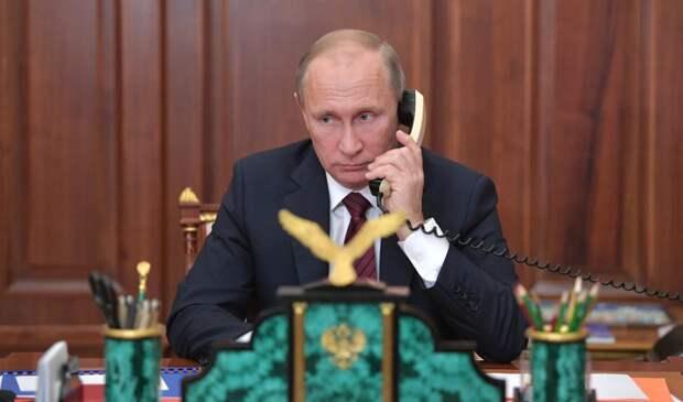 И правда — дед: У Путина нет смартфона