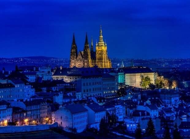 """Чехия пытается завершить """"войну высылок"""" с Россией примирительными жестами"""