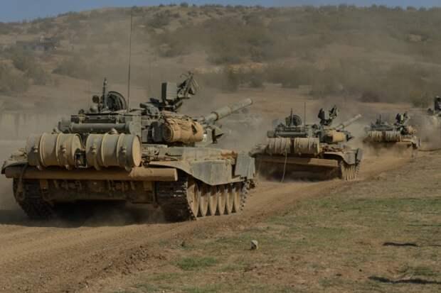 ВЮжной Осетии навоенной базе России танкисты начали боевые стрельбы