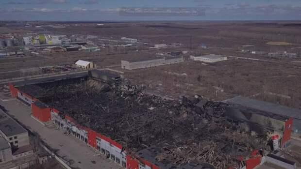 Как выглядит сгоревший логистический центр в Барнауле. Видео