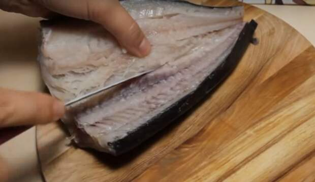 Хрустящая снаружи и сочная внутри. Удачный рецепт рыбы в кляре видео, обед, простой рецепт, рецепт