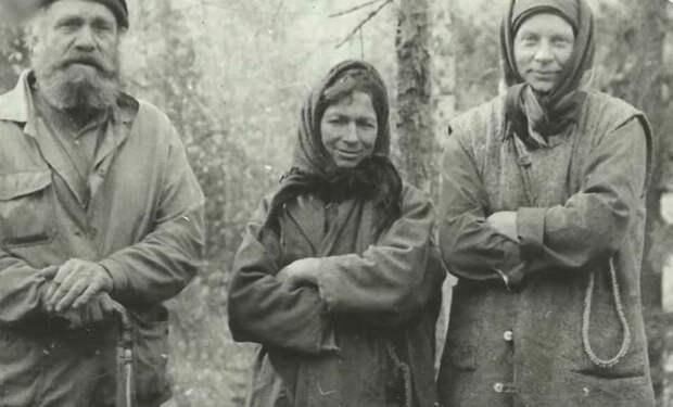 Семья отшельников прожила почти полвека в тайге и за это время не видела ни одного человека