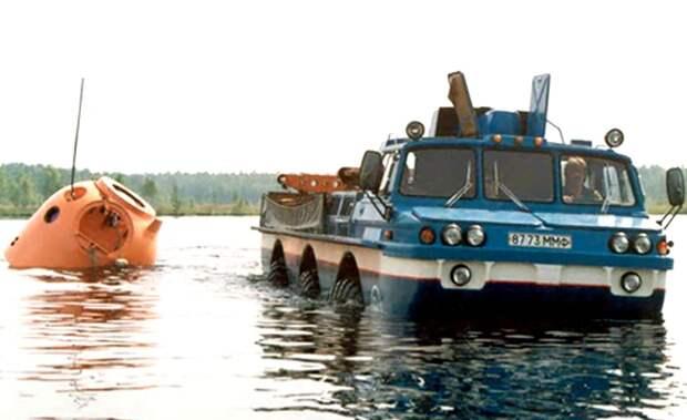 По воде, как по земле - одинаково легко. /Фото: kolesa.ru