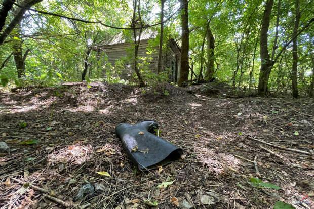 Открыл конверт, найденный в доме Чернобыльской зоны. Увидел содержимое и понял: больше никогда не буду читать чужие письма...
