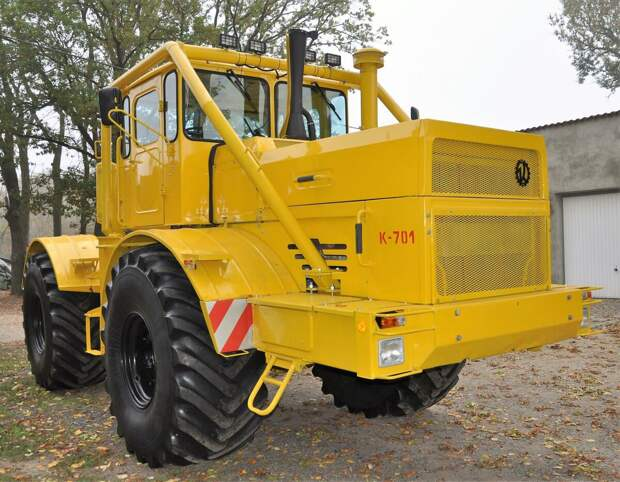 Самый распространённый трактор от Кировского завода, которому не было равных К 701