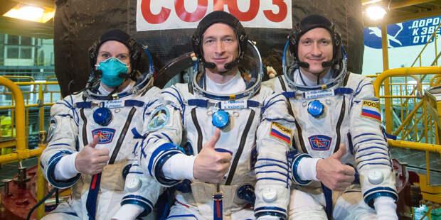 Возвращение на Землю: корабль «Союз МС-17» покинул МКС