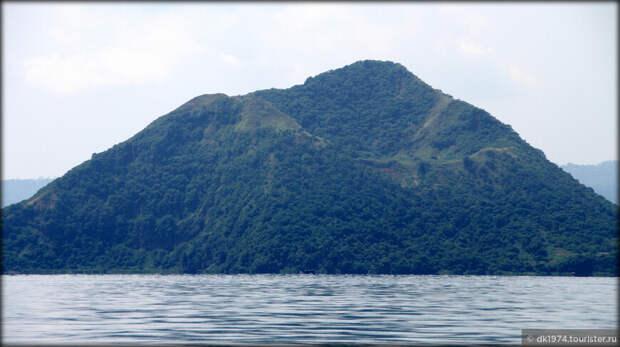 Один из самых маленьких вулканов Земли